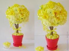 Yellow carnations and Lemon Candy Centerpiece Yellow Centerpieces, Topiary Centerpieces, Ribbon Topiary, Yellow Carnations, Sunshine Baby Showers, Wedding Aisle Decorations, Wedding Ideas, Floral Ribbon, Yellow Wedding