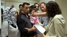 El Gobierno afirma que va a ser imposible cumplir con la cuota de acogida de refugiados