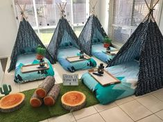 Under The Teepee Birthday Parties - Kids In Adelaide Under The T. Under The Teepee Kindergarten Party, Boys Teepee, Teepees, Photos Folles, Camping Parties, Parties Kids, Boy Sleepover, Sleepover Birthday Parties, Camp Birthday Party
