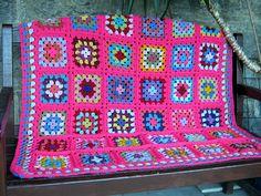 Ravelry: TheSunroom's Molly Granny Square Blanket
