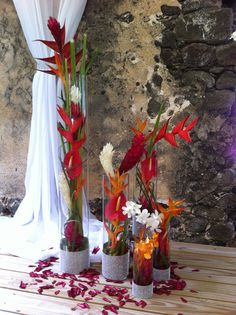 Contemporary tropical and bling ceremony florals by Awesome Caribbean weddings