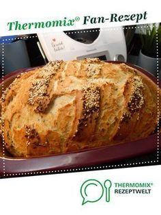 Körnerbrot (Körner-Hanno) von Sille Ein Thermomix ® Rezept aus der Kateg… Grain bread (Körner-Hanno) from Sille A Thermomix ® recipe from the category Bread & Rolls on www.de, the Thermomix® Community. Spelt Bread, Bread Bun, Easy Bread, Bread Rolls, Banana Recipes, Bread Recipes, Olive Bread, Grilled Meat, Air Fryer Recipes