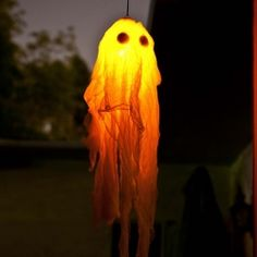 DIY Glow In The Dark Halloween Ghost Craft. Only takes 5 minutes.