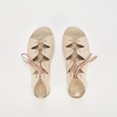 Ref: Layla 02 - Arena Flip Flops, Shoes, Fashion, Shoes Sandals, Slippers, Latest Trends, Backpacks, Totes, Moda