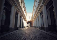 Bucharest - Gabrovian Inn (Hanul Gabroveni) - Strada Lipscani