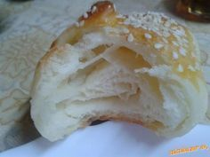 Jednoduché croissanty - My site High Sugar, Bread And Pastries, Camembert Cheese, Food And Drink, Gluten, Homemade, Cookies, Baking, Nova