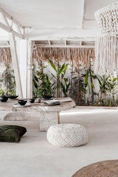 Bali Travel Guide: Things to Know Before You Go to Bali 1930s House Interior, Cafe Interior, Interior And Exterior, Interior Design, Ibiza Style Interior, Kitchen Interior, Mehndi Decor, Bali Style Home, Bali Decor
