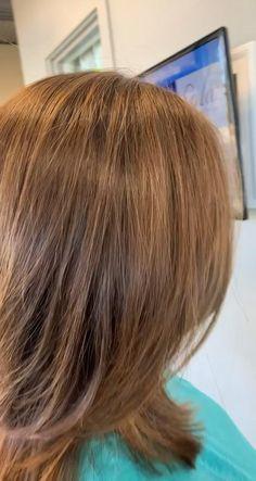 Medium Hair Braids, Bangs With Medium Hair, Cute Hairstyles For Medium Hair, Haircut For Thick Hair, Medium Hair Cuts, Feathered Hairstyles, Medium Hair Styles, Jennifer Aniston Haircut, Medium Length Hair Straight