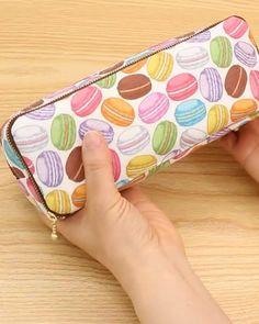 Zipper Pencil Case, Diy Pencil Case, Leather Pencil Case, Sewing Hacks, Sewing Tutorials, Sewing Projects, Diy Bags Purses, Sewing Lingerie, Patchwork Bags