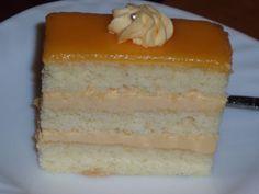 Sunquickové rezy Czech Recipes, Vanilla Cake, Sweet Recipes, Desserts, Anna, Food, Tailgate Desserts, Deserts, Essen