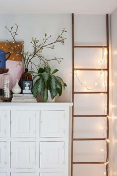 5 ways to use this GORGEOUS styling trick in your home