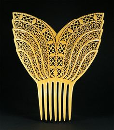 American Celluloid Combs from The Myrna Klitzke Collection and The Creative Museum. Page 21
