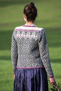 Ravelry: Oasis pattern by Karihdesign Kari Hestnes Fair Isle Knitting Patterns, Knitting Machine Patterns, Knitting Stiches, Fair Isle Pattern, Knit Patterns, Knitting Sweaters, Knit Cardigan Pattern, What Is Fashion, Double Knitting