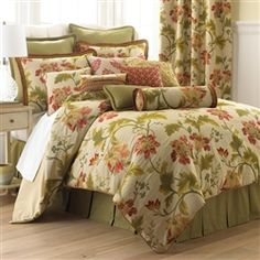 Rosetree bedding..... Colombiana pattern