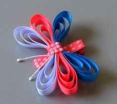 Bows by Dana - she makes the cutest bows EVER. Great ideas to make (or just buy them for cheap! Diy Lace Ribbon Flowers, Kanzashi Flowers, Ribbon Art, Diy Ribbon, Ribbon Crafts, Ribbon Bows, Ribbons, Handmade Hair Bows, Diy Hair Bows
