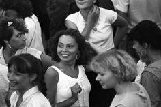 Las discotecas era un pasatiempo habitual de los ciudadanos que componían la antigua Unión Soviética. La década de los ochenta presenció una auténtica explosión de este tipo de clubes.