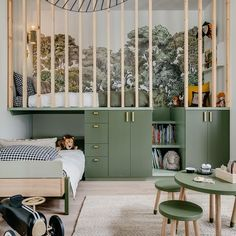 Habitación moderna para niño con dos alturas para aprovechar al máximo el espacio. Kids Room Design, Kids Bedroom Designs, Modern Kids Bedroom, Big Boy Bedrooms, Cool Kids Bedrooms, Shared Bedrooms, Bedroom Ideas, Kid Spaces, Boy Room