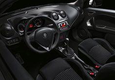 Na co czekasz? Odkryj esencję włoskiego designu w Alfa Romeo MiTo. Kliknij i umów się na jazdę testową: www.alfaromeo.pl/pl/jazda-testowa #AlfaRomeoPolska #MiTo #Jazdatestowa