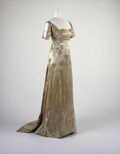 women's fashion 1900-1915   1911 - via House of PoLeigh Naise on fb