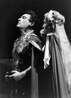"""Il 29 Ottobre 1956 Maria Callas debutta al Metopolitan di New York in """"Norma"""" con Mario Del Monaco !"""