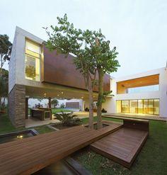 Spacious Modern House: La Planicie House II by Oscar Gonzalez Moix