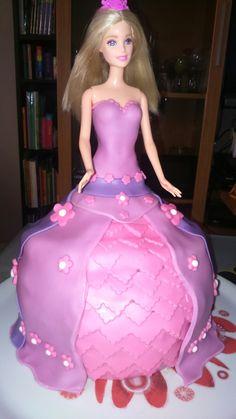 Tarta barbie fondant