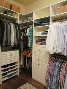 I'd be open to a layout like this -- like the side by side, square shapes and the position behind the bed (good sound blockage from living space and no light seepage from door onto .... Small walk in closet ideas and organizer design to inspire you. diy walk in closet ideas, walk in closet dimensions, closet organization ideas.