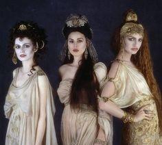 Drácula The Brides Dresses