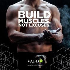 Auch in den eigenen vier Wänden lässt sich Muskulatur aufbauen! Alles was du zu deinem Körpergewicht brauchst, sind Kurzhanteln, denn: um tatsächlich Muskelmasse aufzubauen, musst du das Gewicht stetig erhöhen! Die letzte Wiederholung eines Satzes solltest du noch mit sauberer Technik schaffen! Gelingt dir das nicht, trainiere weiterhin mit aktuellen Gewicht. Auf diese Weise schenkst du deinen Muskeln Schritt für Schritt adäquate Reize, die Anpassungen in Form von Wachstum zur Folge haben. Anti Aging, Bmi, Build Muscle, Form, Training, Fitness, Build Muscle Mass, Collages, Metabolism
