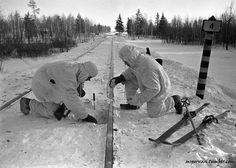 Soviet troops mining a railroad near Moscow, Russia, 1 Dec 1941 /Oleg Knorring