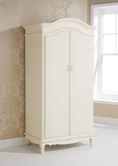French White Clean Bedroom Furniture