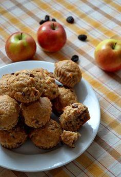 Znovu som muffinovala, lebo je to veľmi praktická forma občerstvenia a čakala som milú a vzácnu návštevu. Tieto muffiny ma lákali už nejakú...