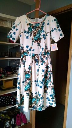 Lularoe: Amelia dress ( just in) .. Heather I would love this print if you get it