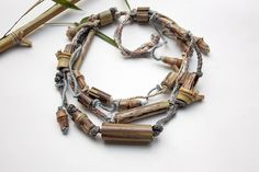 Statement eco friendly necklace with bamboo beads di rRradionica