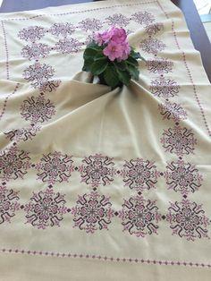 Hand Embroidery Design Patterns, Bargello, Hobbies And Crafts, Alphabet, Cross Stitch, Lassi, Crochet, Elsa, Fabrics