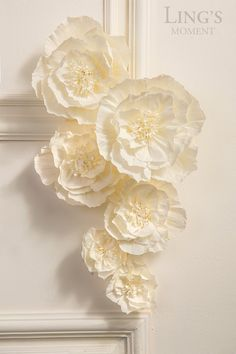 large paper flowers Make Ling's moment your source for vintage wedding decorations. Brand in French styled artificial flowers, real looking and inexpensive. Over 50 colors flower Paper Flower Decor, Large Paper Flowers, Tissue Paper Flowers, Flower Wall Decor, Flower Crafts, Flower Decorations, Paper Flowers For Wedding, Paper Flower Garlands, Wedding Paper