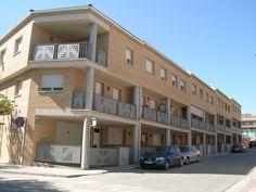 #Edificios #Contemporaneo #Balcon #Exterior #Puertas #Fachada #Barandillas #Ventanas