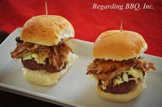 Our Top 25 Most Popular Hamburger Recipes: Pulled Pork Sliders Pulled Pork Recipes, Hamburger Recipes, Delicious Burgers, Delicious Sandwiches, Pork Salad, Pulled Pork Sliders, Patties Recipe, Pork Sandwich, Good Burger