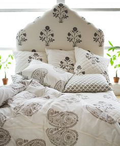 Yvette Duvet Cover In French Gray | Les Indiennes