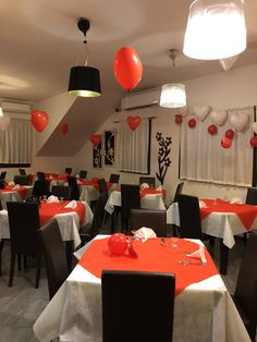 San Valentino 2018 Valentino, Conference Room, San, Table Decorations, Furniture, Home Decor, Party, Decoration Home, Room Decor
