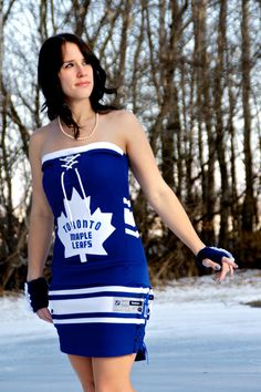 This is what a hockey fan looks like. Love these dresses!