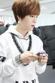 Alphabat ♡ D:elta Ulzzang, Kpop, Tvxq, Asian Boys, Super Junior, Shinee, How To Look Better, Handsome, Beautiful