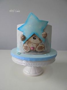 Star by MOLI Cakes