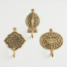 Secure these ornate medallion-shaped wall hooks near the door to hold your keys, sweater or accessories. Entryway Mirror With Hooks, Indian Interior Design, Indian Interiors, Condo Decorating, Pooja Rooms, Wall Hooks, Things To Buy, Décor Ideas, Room Ideas