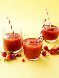 red fruit smoothie with mint and orange