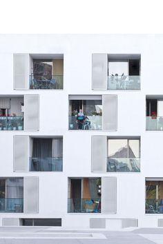 Sergi Serrat, Adrià Goula · 85 Sheltered Housing Units for Senior and Public Facilities. Barcelona · Divisare