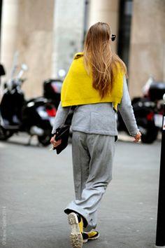 Paris – Street Life. : #PFW, #ColourBlock, #Fashion, #Grey, #ParisFashionWeek, #Paris #Street #Style #Fashion, #SS15, #Street, #StreetStyle, #Style, #Woman Photo © Wayne Tippetts