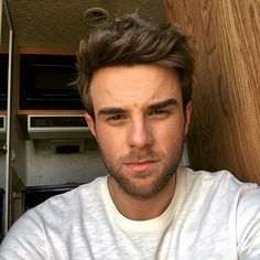 I hope forever is soon. Nathaniel Buzolic, Serie Vampire Diaries, Vampire Diaries The Originals, Hot Actors, Actors & Actresses, Vampires, Kol Mikaelson, The Originals 3, Cute White Boys
