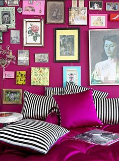 54 ideas bedroom purple walls pillows for 2019 Magenta Bedrooms, Magenta Walls, Bedroom Green, Bedroom Wall, Room Colors, House Colors, Inspiration Wall, Frames On Wall, Room Decor