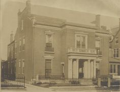 Tennessee State Library and Archives: Residence of E.B. Stahlman on Ninth Avenue South.